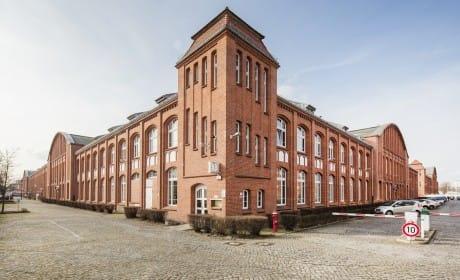 Braunes Backsteingebäude