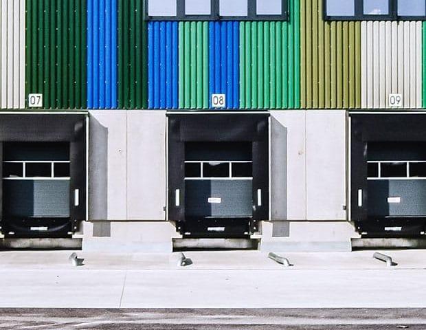 Objektansicht Logistikzentrum Rudolph Mannheim Beladetore