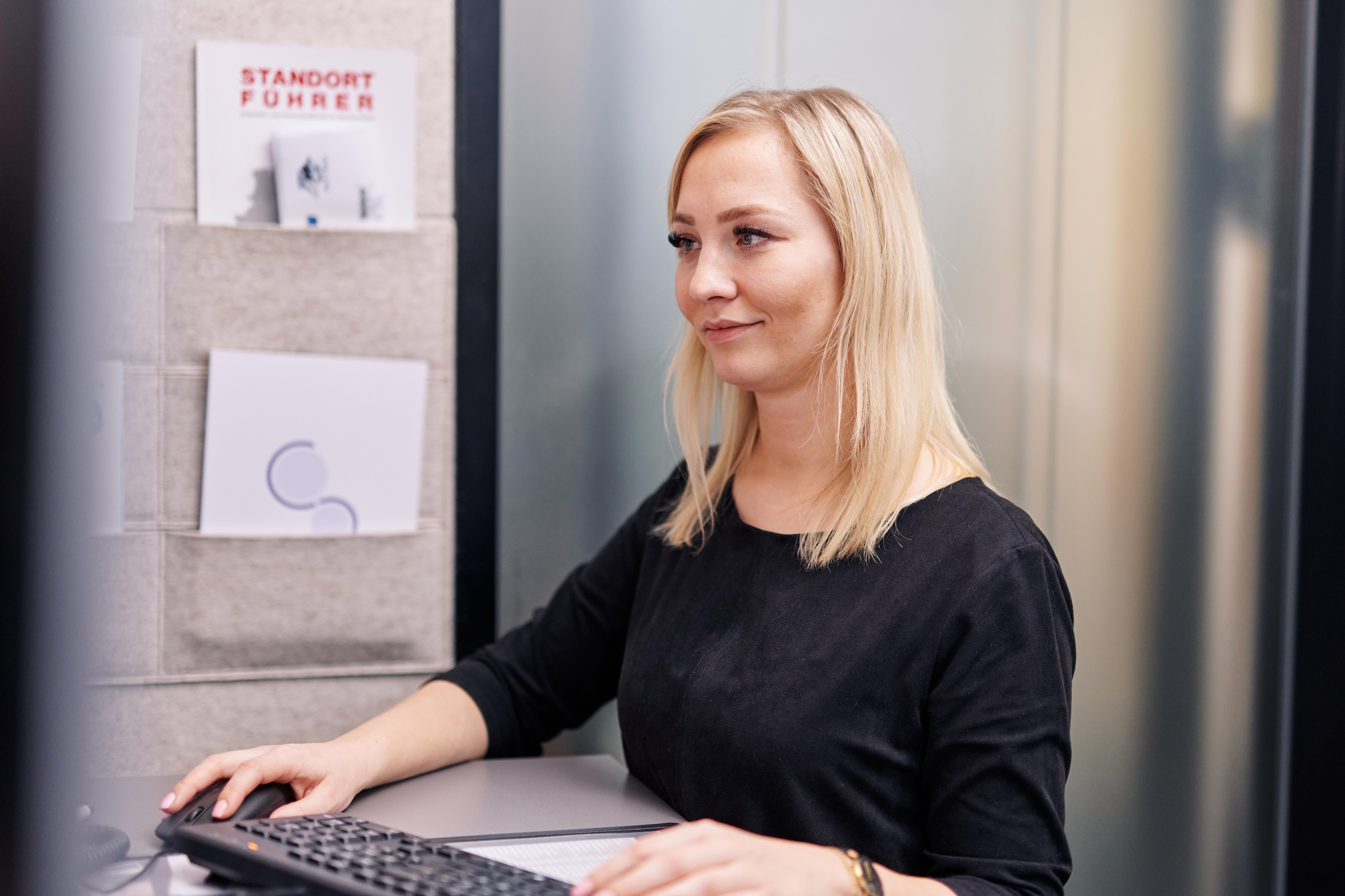 Ihre administrative Stärke stellt Assistentin Sara de Lange tagtäglich unter Beweis.